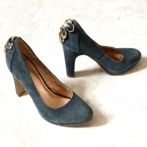Anthro Miss Albright Cabochon Navy Pumps heels 7
